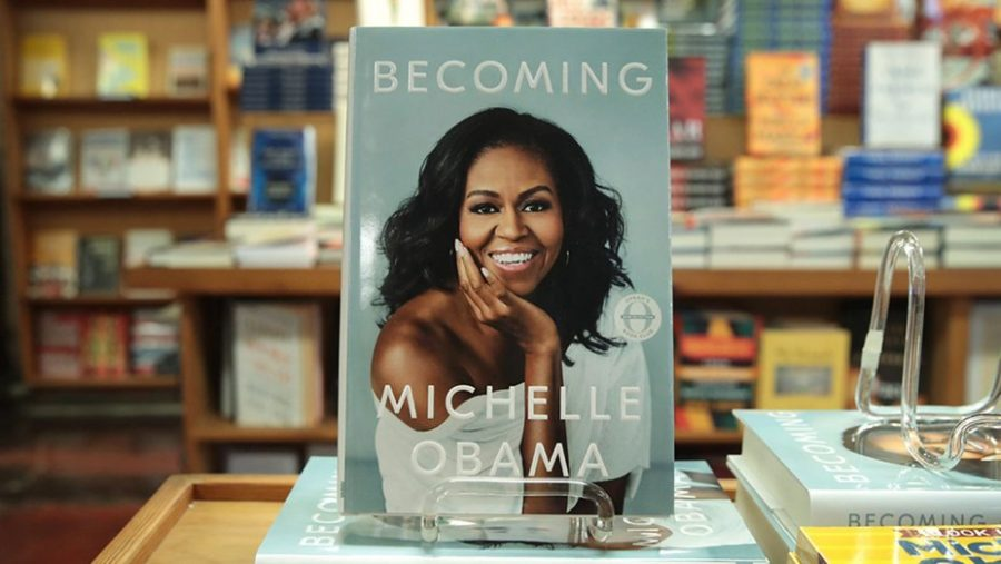 The Perfect Beach Read: Becoming by Michelle Obama