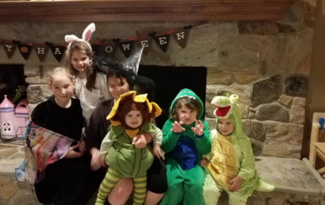 5 Survival Hacks for Trick 'n Treating With Your Littles