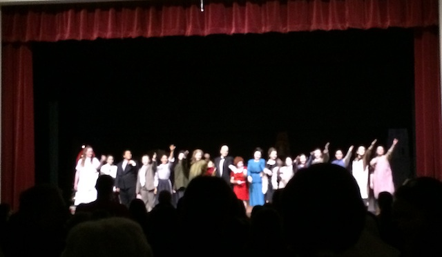 Play Review: Middle School Production of Annie Jr.