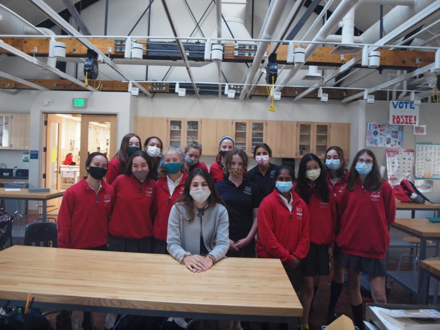 The sophomore AP Biology class with Mrs. Dimitriou